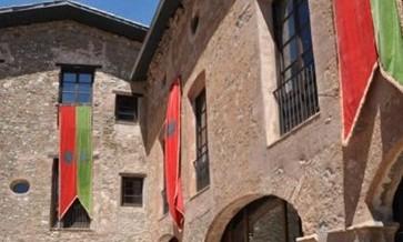 Visit Bagà a town medieval